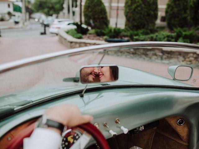 Manual para novios tímidos: cómo sobrevivir al protagonismo en la boda