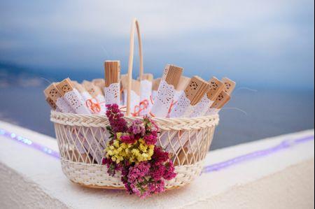 Abanicos y sombrillas para la boda: 35 ideas para elegir sus recuerdos