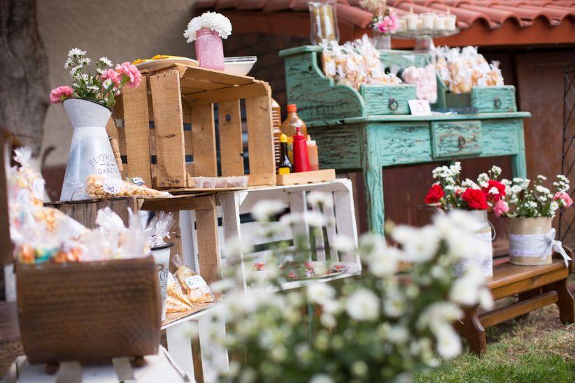 8 ideas para decorar una boda al aire libre - Decoracion de restaurantes rusticos ...