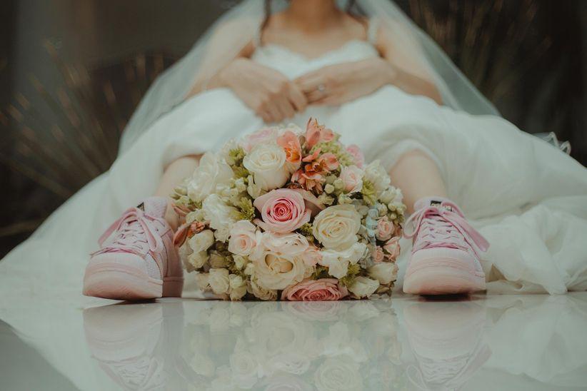 cómo elegir unos tenis de novia perfectos para tu look - bodas.mx