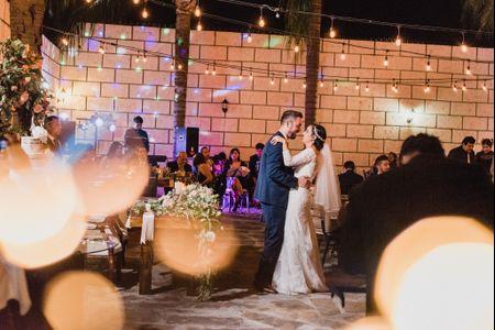11 canciones que no deben sonar en algunos momentos de la boda