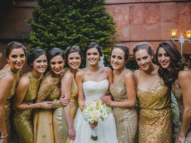 4 decisiones que hay que tomar al escoger los vestidos de las damas