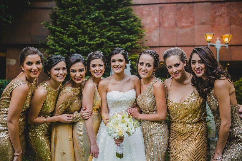 46d3ce3a87 4 decisiones que hay que tomar al escoger los vestidos de las damas ...