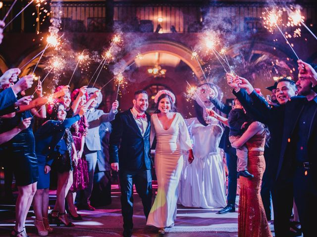 ¡México por todo lo alto! Así celebraron Carlos y Laura su boda