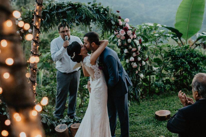 Playlist de música bohemia: 70 canciones para una boda muy