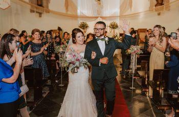 La atracción de los polos opuestos: la boda de Oswaldo y Carolina
