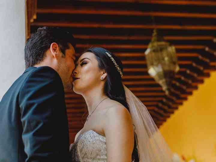 """La boda de Leopoldo y Victoria: un """"viaje"""" bohemio y vibrante"""