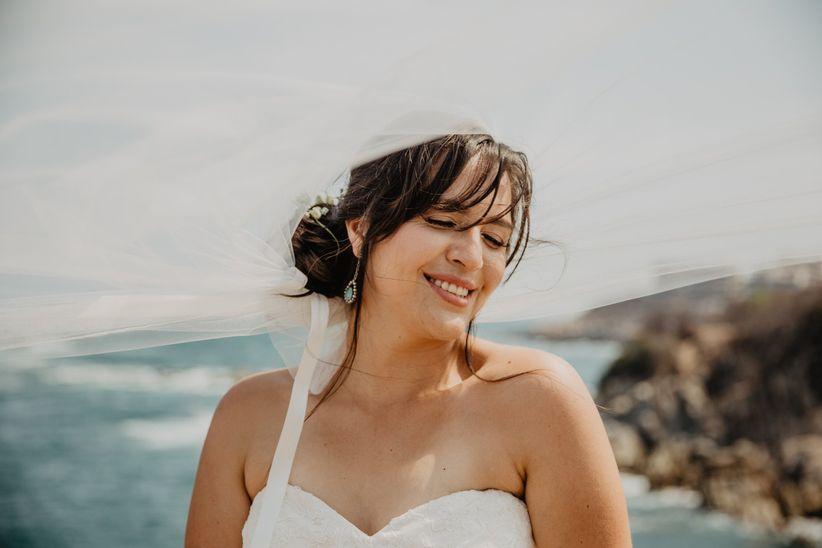 sonrisa de novia en la boda