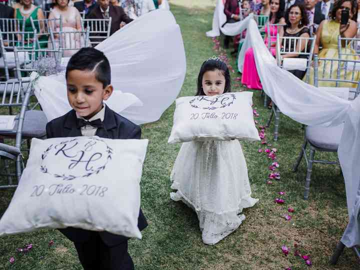 Cojines de boda religiosa para unos reclinatorios con estilo