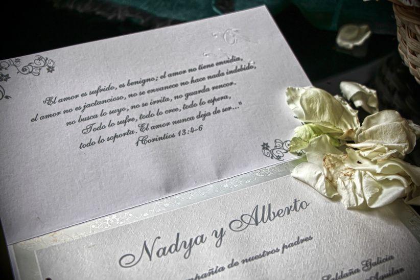 30 textos para invitaciones de boda  romanticismo que se