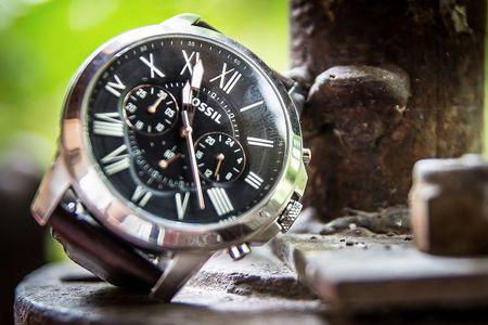 El reloj, complemento importante para �l en la boda
