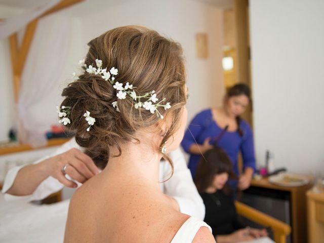 Peinados recogidos bajos: ¿qué estilo de novia quieres ser?