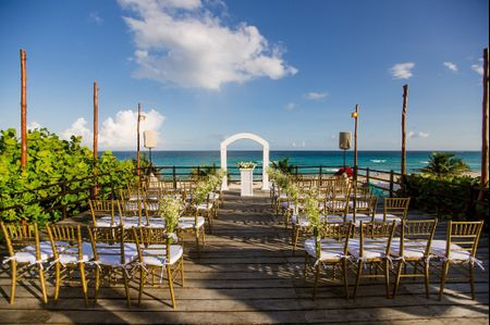 Tips para decorar la ceremonia de boda en playa