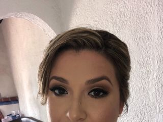 Ana Laura Saldaña Makeup Artist 1