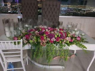 Diseño Floral Dalia 5