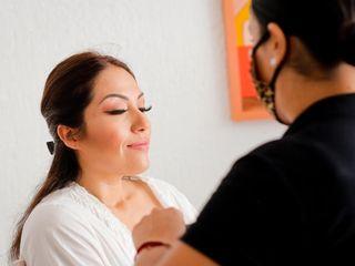 Vania Cadena Makeup & Hair Artist 4