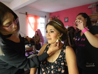 Izcalli Makeup Room 5