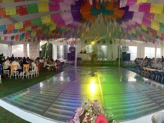 Salón y Jardín Los Pinos 1