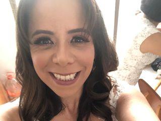 Elizabeth Hernández Makeup Artist 1