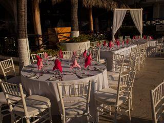 Costa Sur Resort & Spa 4