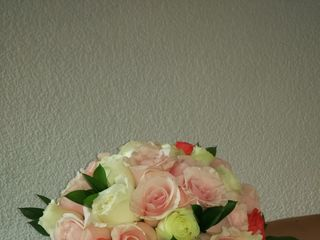 Diseño Floral Dalia 7