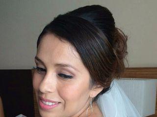iO Makeup & Hair 7
