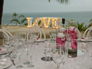 Ocean Weddings 4