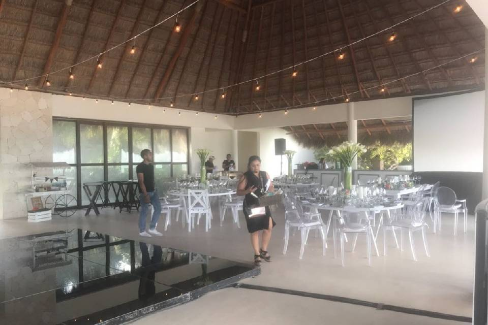 Weddings and Bookings by Diana Germán 1