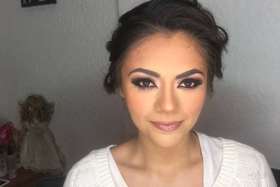 Lidya Espíndola Make Up 18