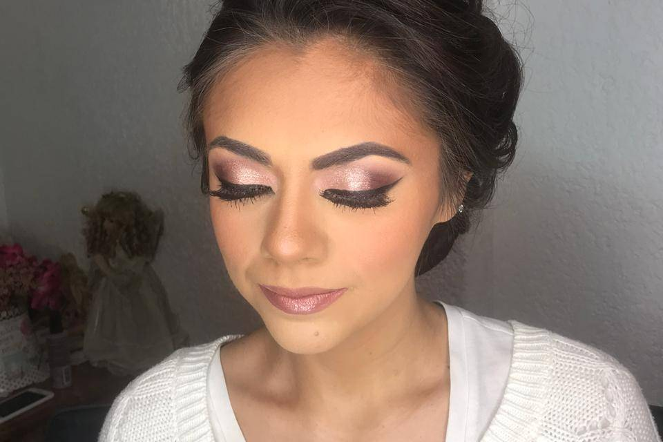 Lidya Espíndola Make Up 19