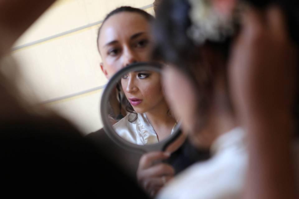 Isabel Lozano Makeup Studio 17