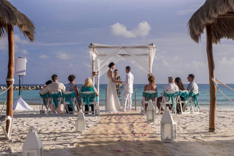Krystal Grand Cancún 29