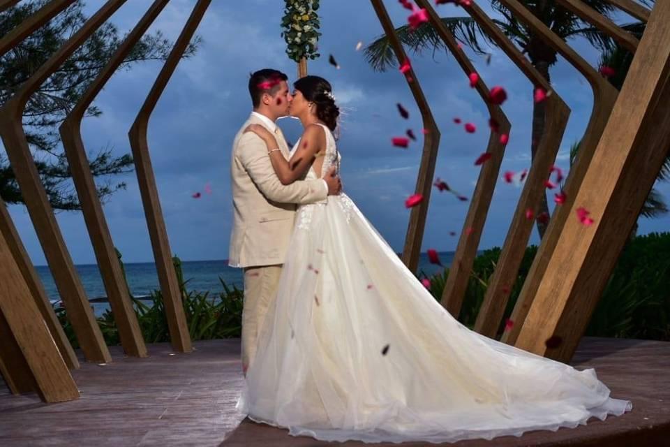U Wedding & Travels 8