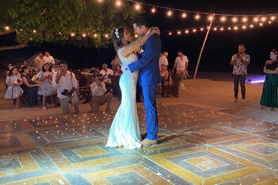U Wedding & Travels 6