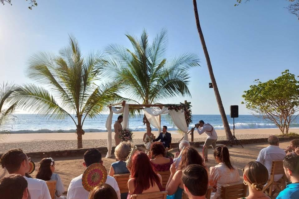 U Wedding & Travels 7