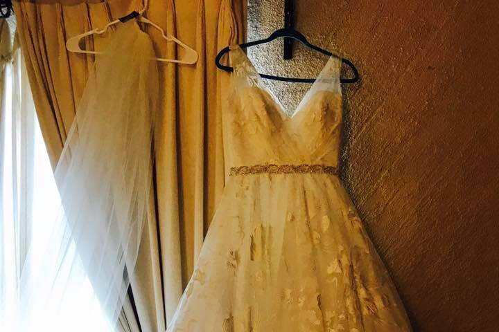 White Bridal Boutique 14