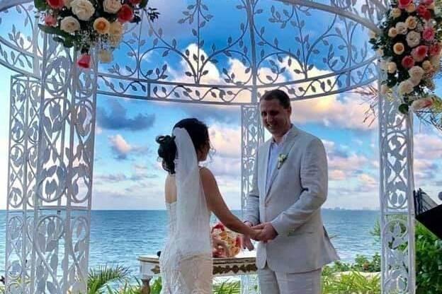 Ocean Weddings 12