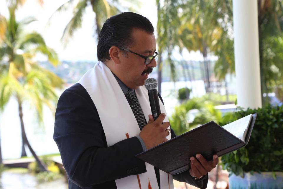 Ministro México Wedding Minister 18