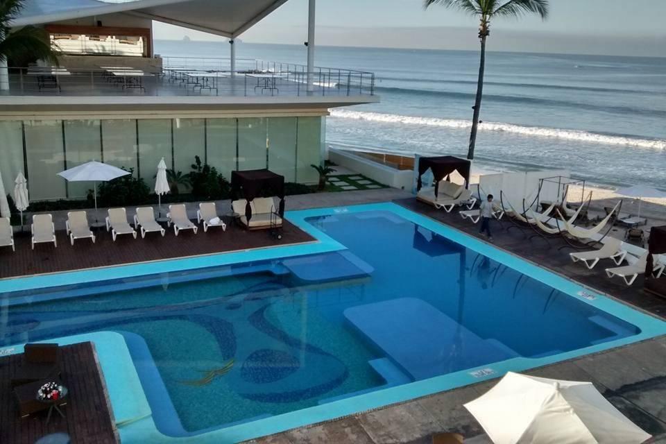 Hotel Emporio Mazatlán 25