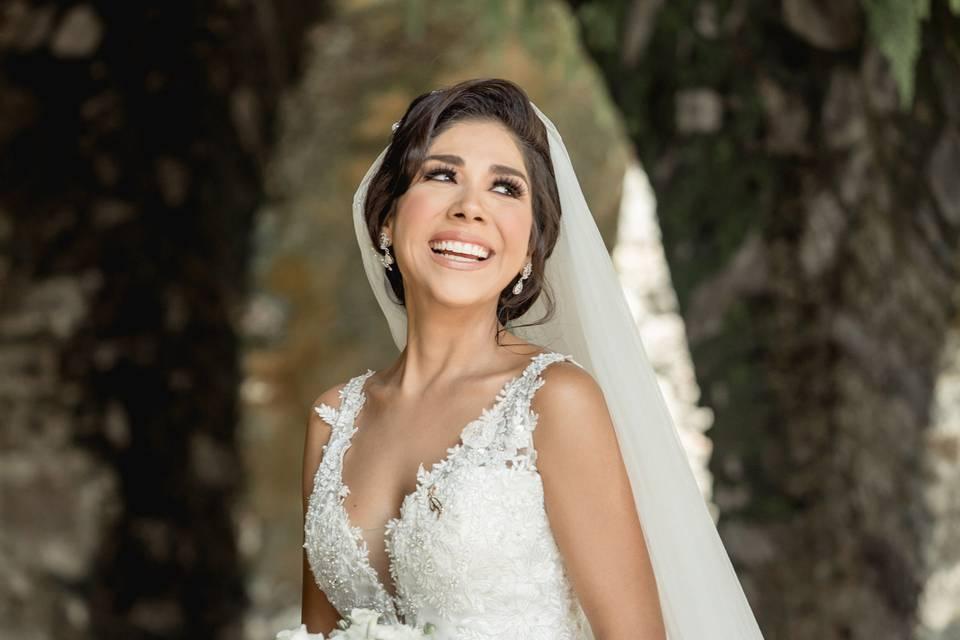 Karlos Guerrero Bridal Room 16