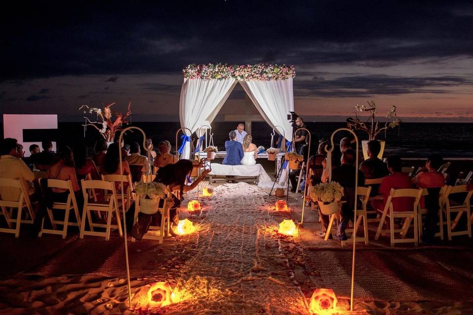 Acapulco Weddings 35