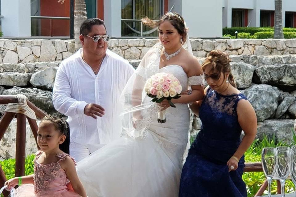 U Wedding & Travels 12