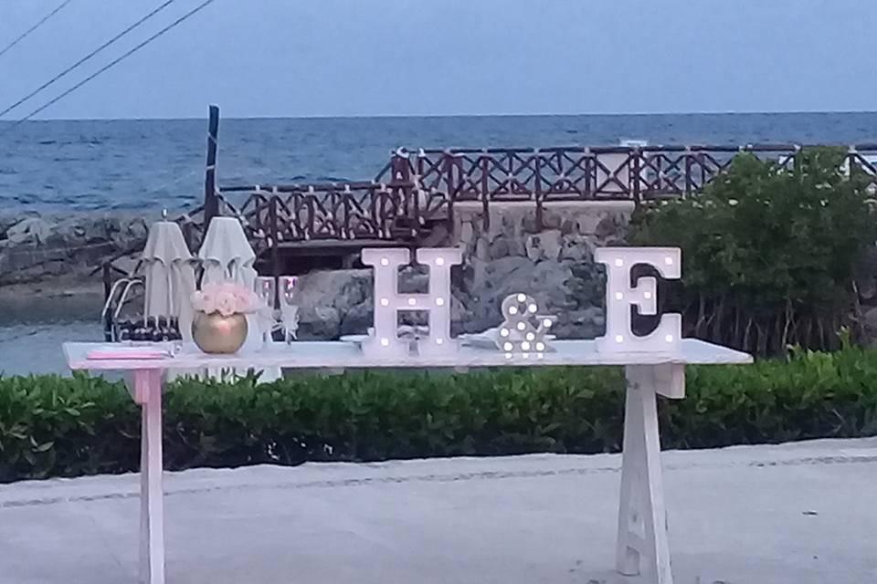 U Wedding & Travels 13