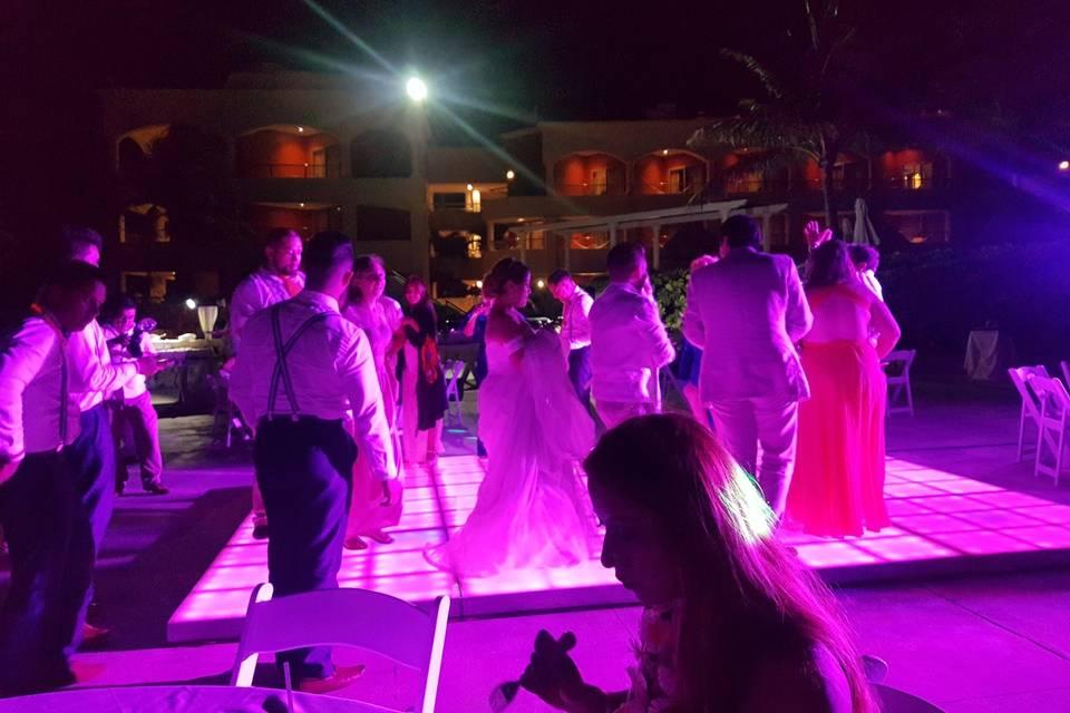 U Wedding & Travels 21