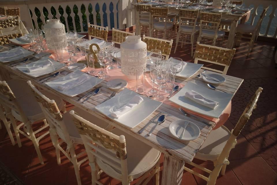 Aida's Banquetes 23