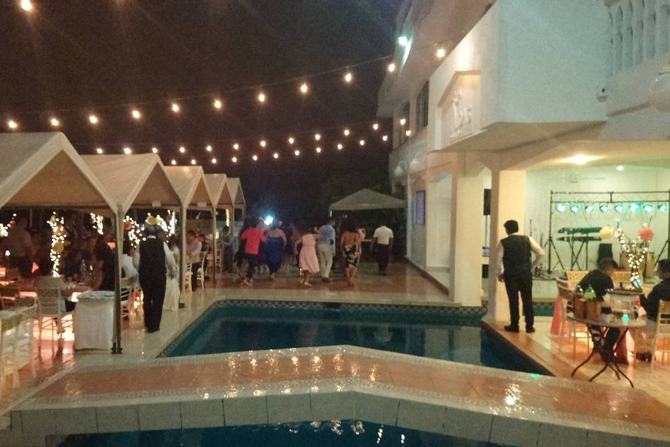 Aida's Banquetes 39