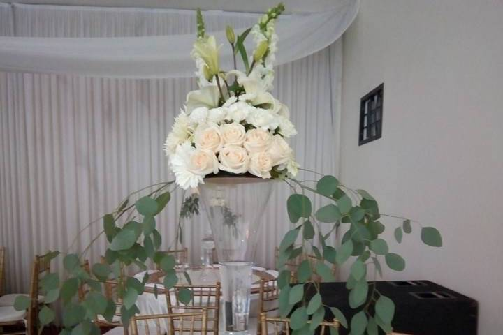 Anthony's Boutique Floral 13