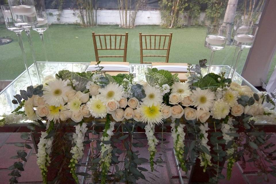 Anthony's Boutique Floral 14