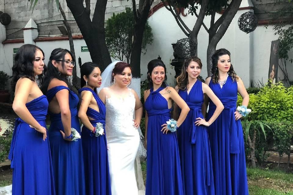 Vestidos Damas de Honor Modela Bella 19