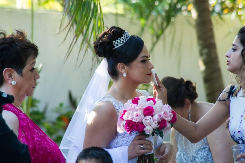 Ocean Weddings 21